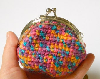 Rainbow crochet coin purse, coin purse with silver metal clasp, kiss lock coin purse, gift for her, teenagers gift.