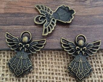 20pieces 23MM x26MM Angel charms -Antique Bronze Charm Pendant