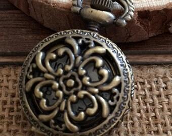 1Pcs  25mmx25mm Bronze color  Flower pocket watch charms pendant  S06