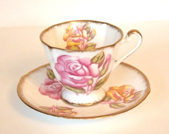 Vintage Teacup Set Roslyn English Fine Bone China Tea Cup and Saucer with Pink and Yellow Roses with Gold Trim Circa 1950-1955 - England