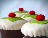Felt food. Felt cupcake. Set of 4. Original design. Eco toy.