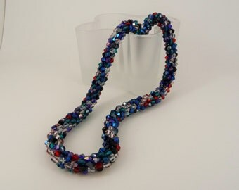 Supper Sparkly multicoloured necklace