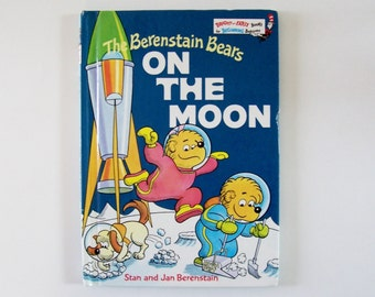 The Berenstain Bears On the Moon: A Bright and Early Book by Stan and Jan Berenstain - Children's Book, Reading, Story Book