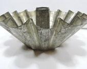 Crown Mold Cake Pan Vintage Tinware Jell-O Aspic Mold
