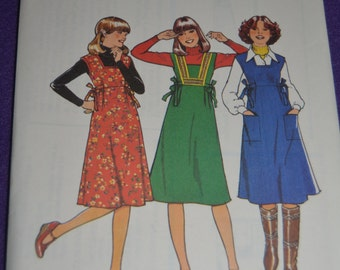 Vintage 70s Style 1694 Junior Teens Pinafore Sewing Pattern  - UNCUT Size 11/12  Size 13/14 or Size 15/16 - UNCUT