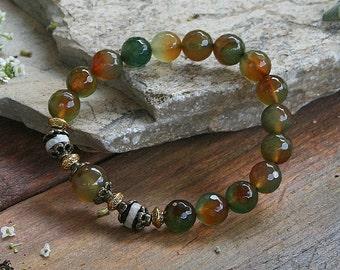 Beautiful faceted agate gemstone wrist mala bracelet