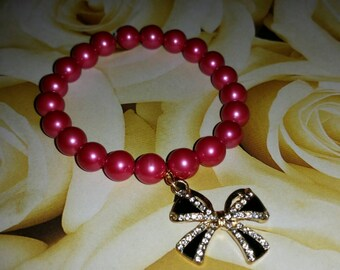 Wrapped Up in a Bow beaded bracelet