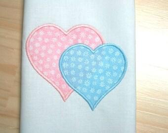 2 Hearts Applique Design