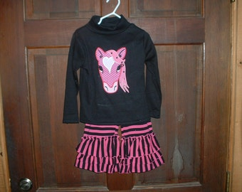 Pink/Black Appliqued Shirt and Triple Ruffle Pants--3T--  Horse