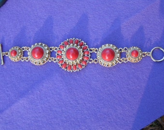 Vintage Red/Orange Cabochon Stone Bracelet