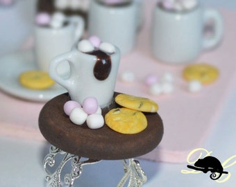 Hot Chocolate with Cookies and Marshmallows Ring (In Stock)