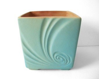 Vintage Roseville Matte Green Pottery Florane Planter 90-4 Made In The USA
