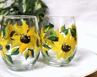 Hand Painted Wine Glasses Set of 2  Stemless Sunflower Wine Glasses, Summer Table Decor, Stemless Wine Glasses, Yellow Sunflowers