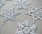 Crochet silver snowflakes (set of 6) Christmas home decors Christmas ornaments Wedding decors appliques