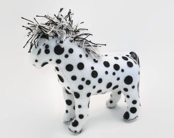 Horse - White with black dots