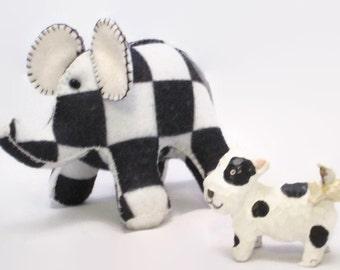 Elephant - Checked - black and white checked elephant