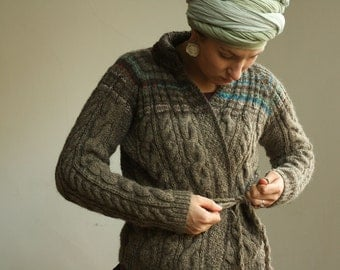 100% natural wool! Handmade women cardigan