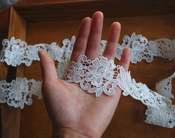 off white lace trim, retro flowers lace trim, bridal trim laceDG027B