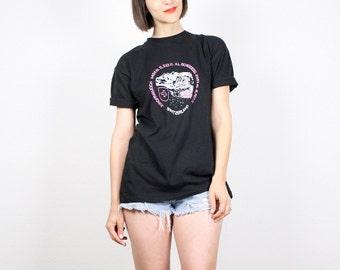 Vintage Black T shirt Worn Pink White Mountain Print Switzerland Novelty Print T Shirt Screen Print Tshirt Soft Cotton Tee M L Large Xl