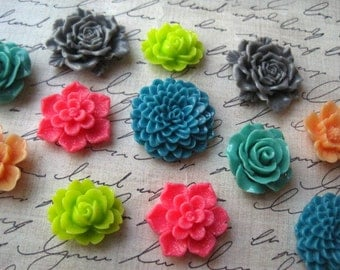 Cute Magnets, 12 pc Flower Magnets, Mixed Bright Colors, Housewarming Gifts, Hostess Gifts, Wedding Favors