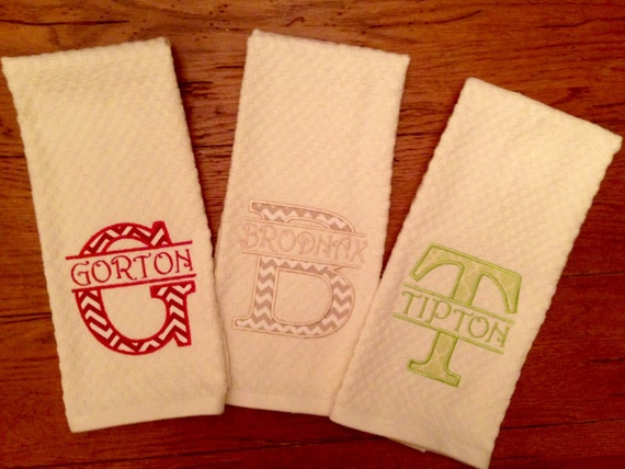 Wedding Gifts For The Kitchen : Monogrammed Kitchen Towel/Wedding gift/Bridal gift/Teacher gift