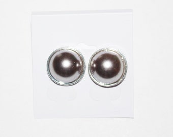 Joan Rivers Earrings - Pearl and Silver Tone Pierced           -          S1080