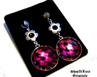 Trendy Houndstooth Earring Dangles - A Perfect Gift