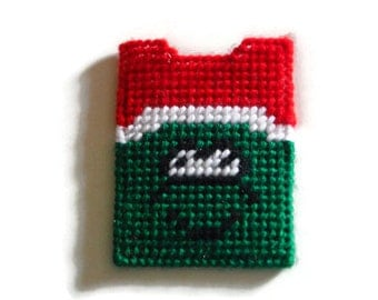 Plastic Canvas Gift Card Holder Grinch, Stocking Stuffer, Christmas gift, Gift for Kids, Grinch Christmas, Needlepoint Canvas, Wallet Card