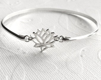 Sterling Silver Lotus Bracelet /  Sterling Silver Lotus Bangle / Open Lotus Blossom / Bride / Zen Bangle/ Nature Lovers Bracelet
