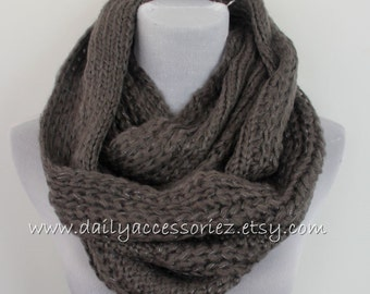 Gray Knitted Infinity Scarf, Grey Knit Scarf, Knitted Scarf, Womens Scarves, Winter Scarf, Chunky Scarf, Scarf Knit, For Her, For Women