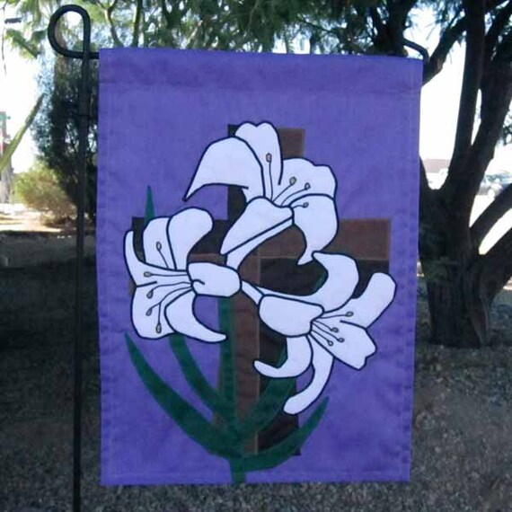 Easter Lily Garden Flag By Laboursofloveflags On Etsy