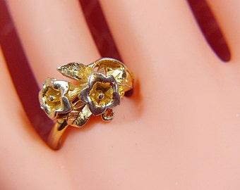 Vintage Gold Flower Ring -- Size Adjustable - R-379