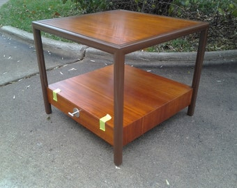Mid - Century Modern table Michael Taylor for  Baker Furniture company end table RARE new world line with tag