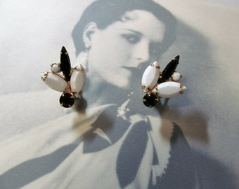 Vintage Black and White Earrings Clip On