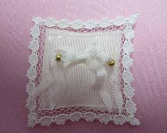Ring Bearer Pillow - dollhouse miniature 1:12 scale