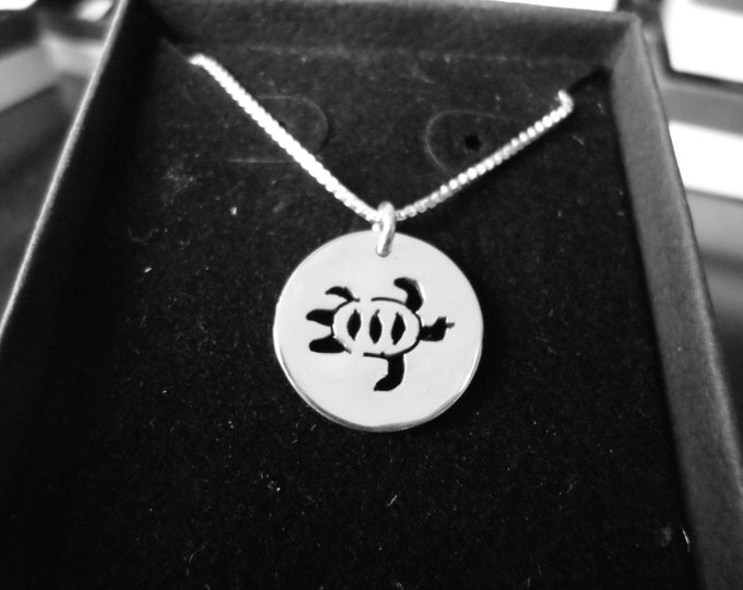 Sea turtle necklace w/sterling silver chain solid back