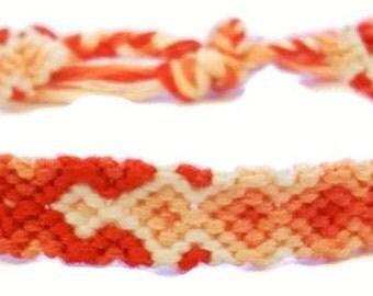 Coral Peach Gradient Arrowhead Pattern Embroidery Friendship Bracelet, Ombre Coral Peach Arrow Bracelet, Descending Diamond Bracelet