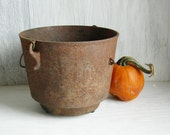 RUSTY EARTHY IRON Pot Antique Iron Cauldron Cast Iron Fireplace Cooking Pot Primitive Decor Photo Prop