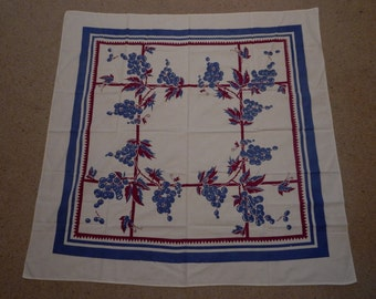 "Vintage Tablecloth 48"" x 49"""