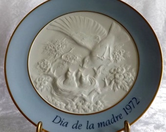 1972 Lladro Mother's Day Plate – Dia de la Madre: Mother and Children