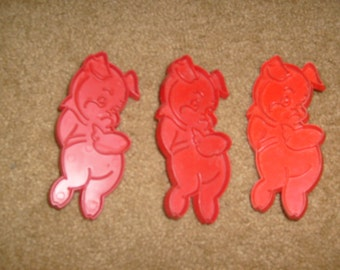 vintage 3 PIGGIE COOKIE cutters lot of 3 used