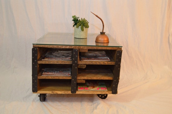 items similar to pallet coffee table magazine storage glass top rustic reclaimed wood caster. Black Bedroom Furniture Sets. Home Design Ideas