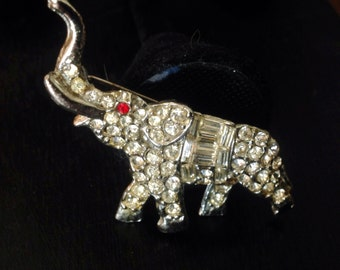 Vintage Rhinestone Rhodium Elephant Brooch