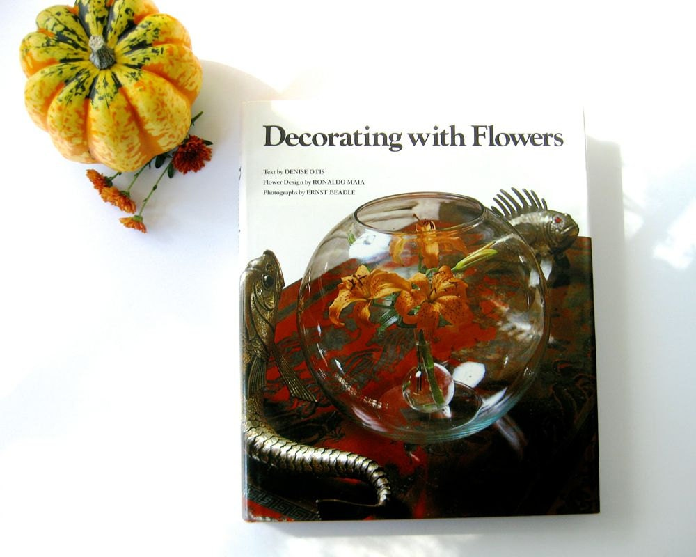 Vintage Coffee Table Book Decorating With Flowers By Otis