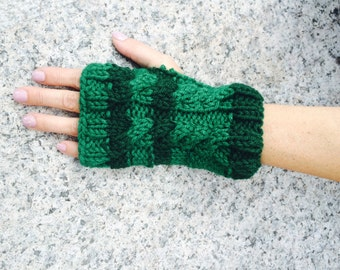 Christmas green knit gloves hat