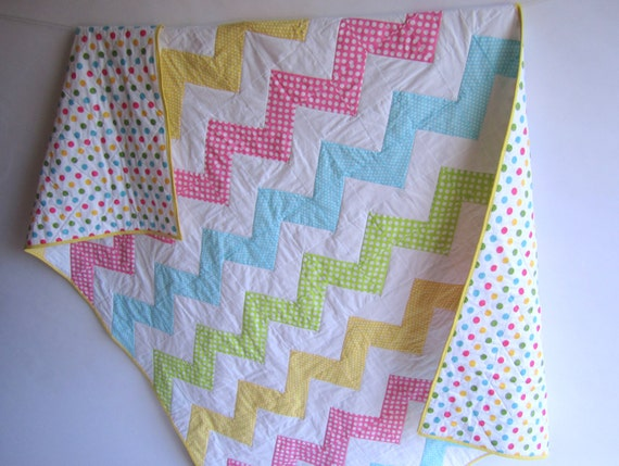 Sweet Dots Chevron Girl Twin Size Quilt