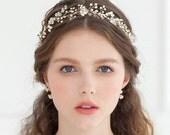 Hand wired Freshwater Pearl Crystal flower hairpiece, Bohemian Bridal Halo headpiece, Rhinestone Wedding Crown, Ivory Headband hair Tiara