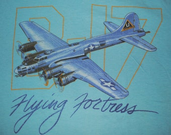 Vintage 1980s Boeing B-17 Bomber United States Air Force T-shirt size M