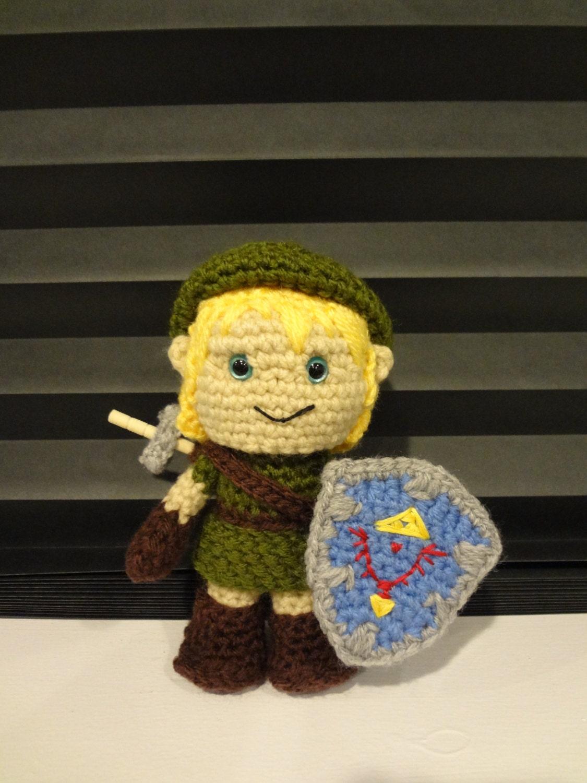Zelda Amigurumi Doll : Crochet Amigurumi Link from Zelda by HandmadebyHolls on Etsy