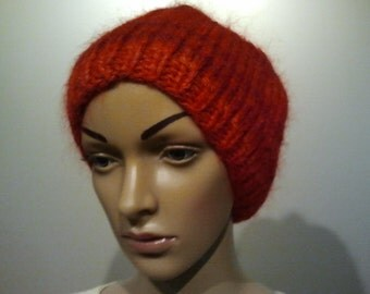 Red thick warm hat with mohair